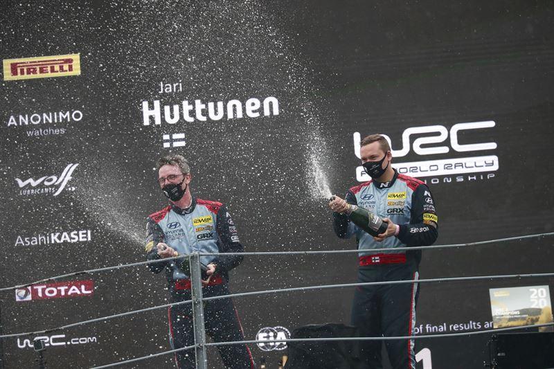 Team Decensin Niclas Grönholm otti upean voiton rallicrossin MM-osakilpailussa